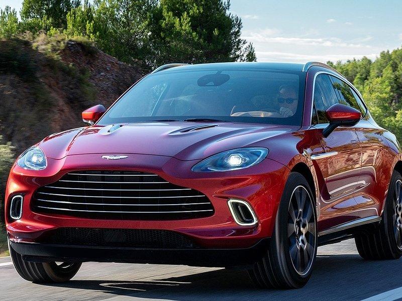 Aston Martin verkleint verlies door sterke vraag naar DBX
